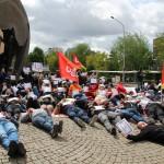 pique-nique-CGT-mai-2015-militant-couché