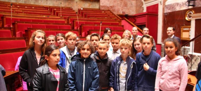 Les parlementaires juniors de Maisons-Alfort à l'Assemblée nationale