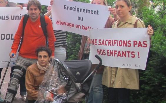 Manifestation pour les ouvertures de classes dans le Val-de-Marne