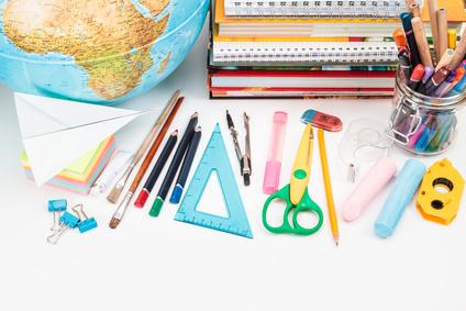 Commandes groupées de kits écoliers pour économiser à la rentrée des classes