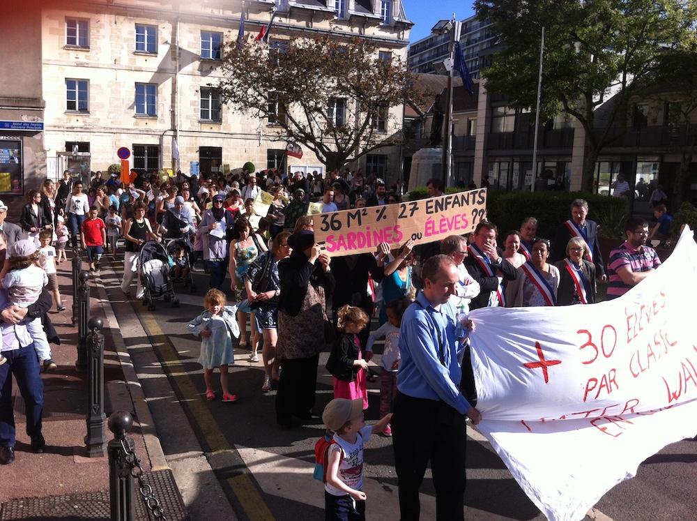 Manifestation Villejuif 12 juin credit mairie 2