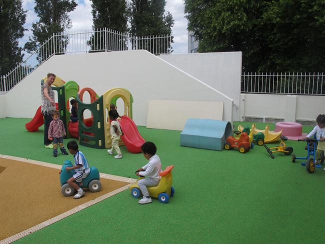 un nouveau centre multi accueil pour 15 enfants sucy en. Black Bedroom Furniture Sets. Home Design Ideas