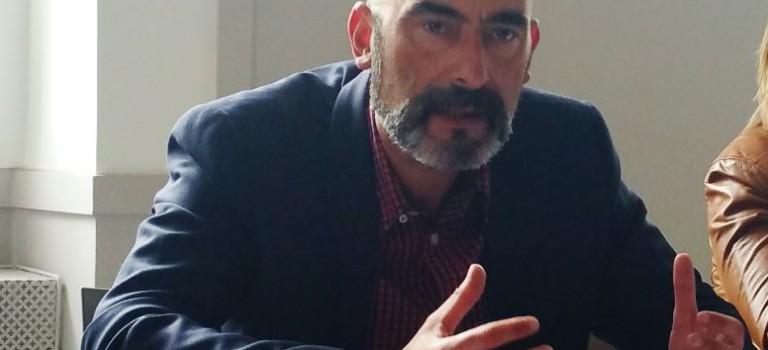 A Ivry-sur-Seine, Philippe Bouyssou porte plainte pour tags homophobes