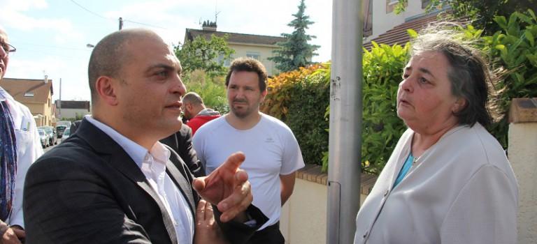 Les élus reprennent leurs visites aux habitants à Bonneuil