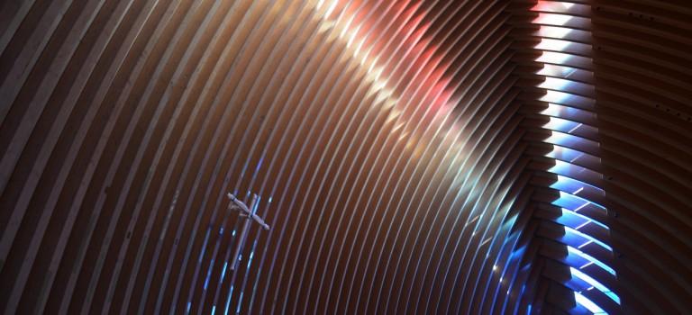 L'art contemporain illumine la nouvelle cathédrale de Créteil