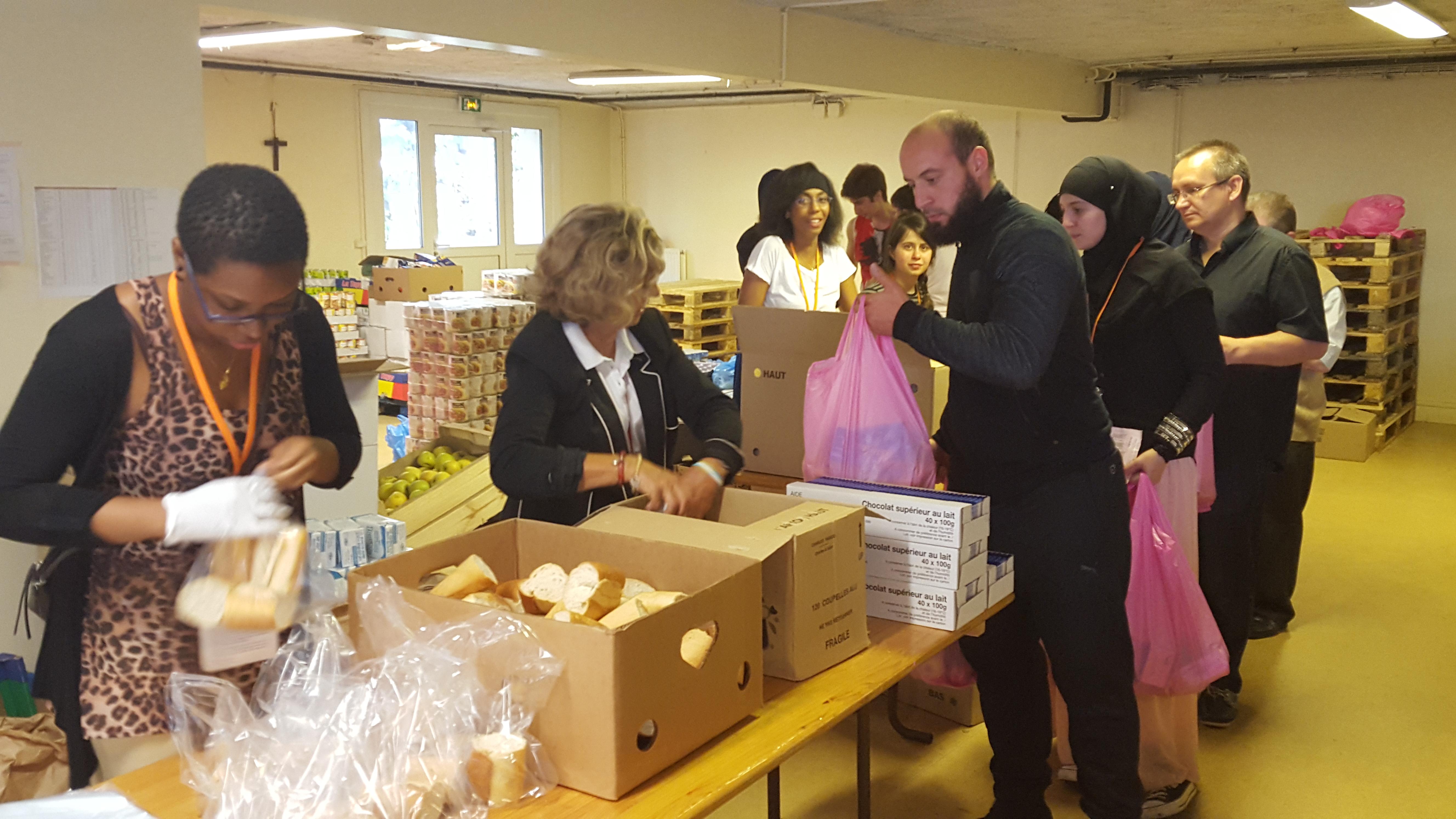 distribution-secours-catholique-ASA-2015