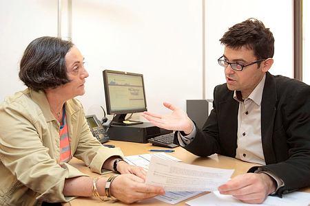 Simplifiez vos démarches avec le Centre de formalités des entreprises de la CCI Val-de-Marne