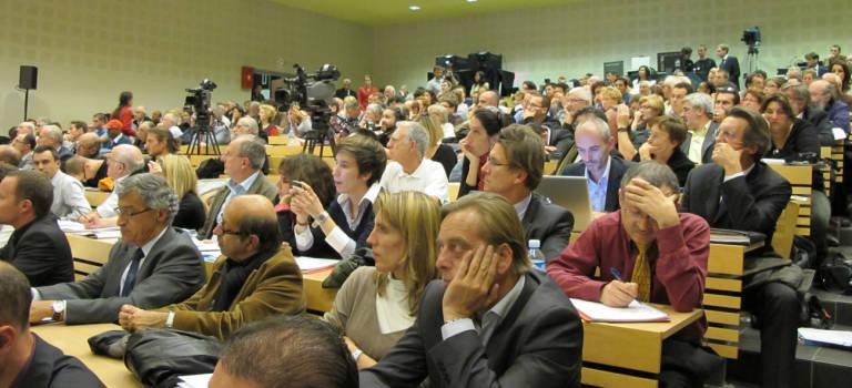 Premier débat public Arc Express contre Grand huit dans le Val de Marne