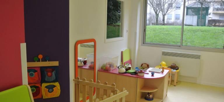 Coronavirus en Val-de-Marne: accueils ouverts pour les enfants de soignants