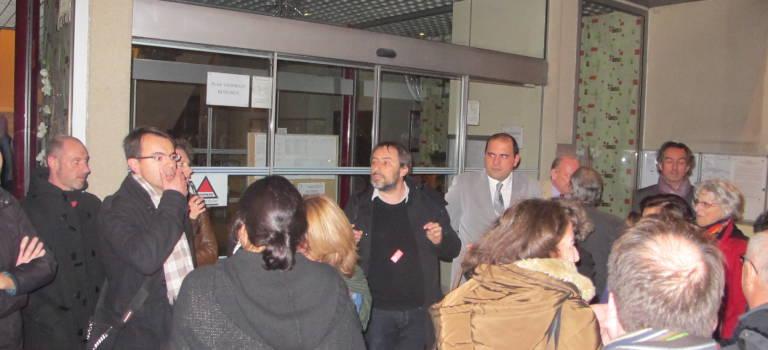 A Chennevières-sur-Marne, les enseignants ont manifesté pour garder leur salle de classe