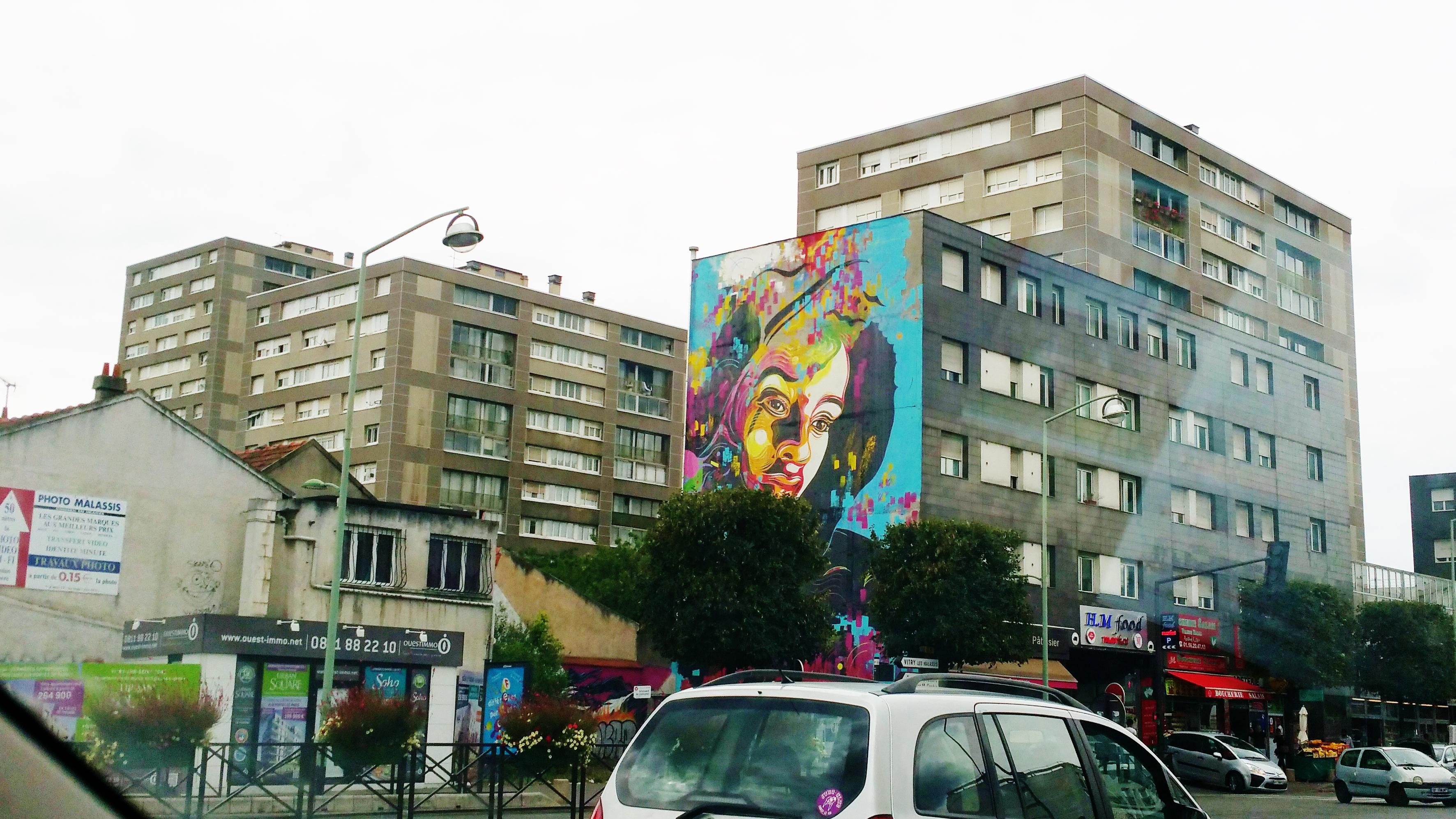 Street Art Vitry pres Mac Val