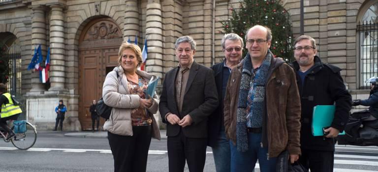 Vitry-sur-Seine a récolté ses 5000 pétitions pour réclamer de l'argent à l'Etat