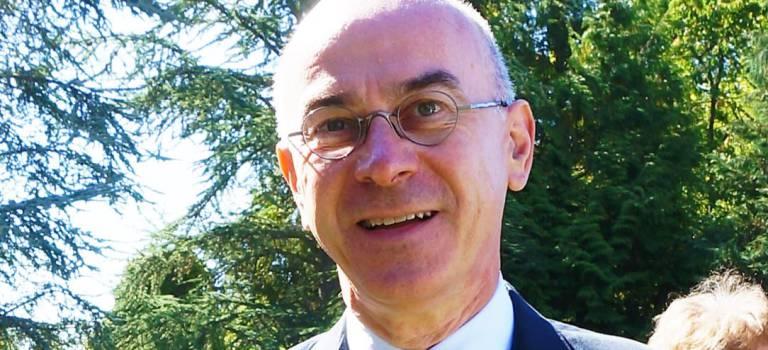 Michel Bernard : un haut-fonctionnaire et écrivain sous-préfet de L'Haÿ-les-Roses