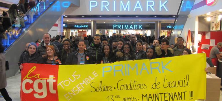 Première grève des salariés de Primark à Créteil Soleil