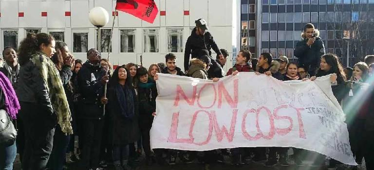 Le lycée Jean Macé de Vitry-sur-Seine manifeste pour plus d'heures d'enseignants