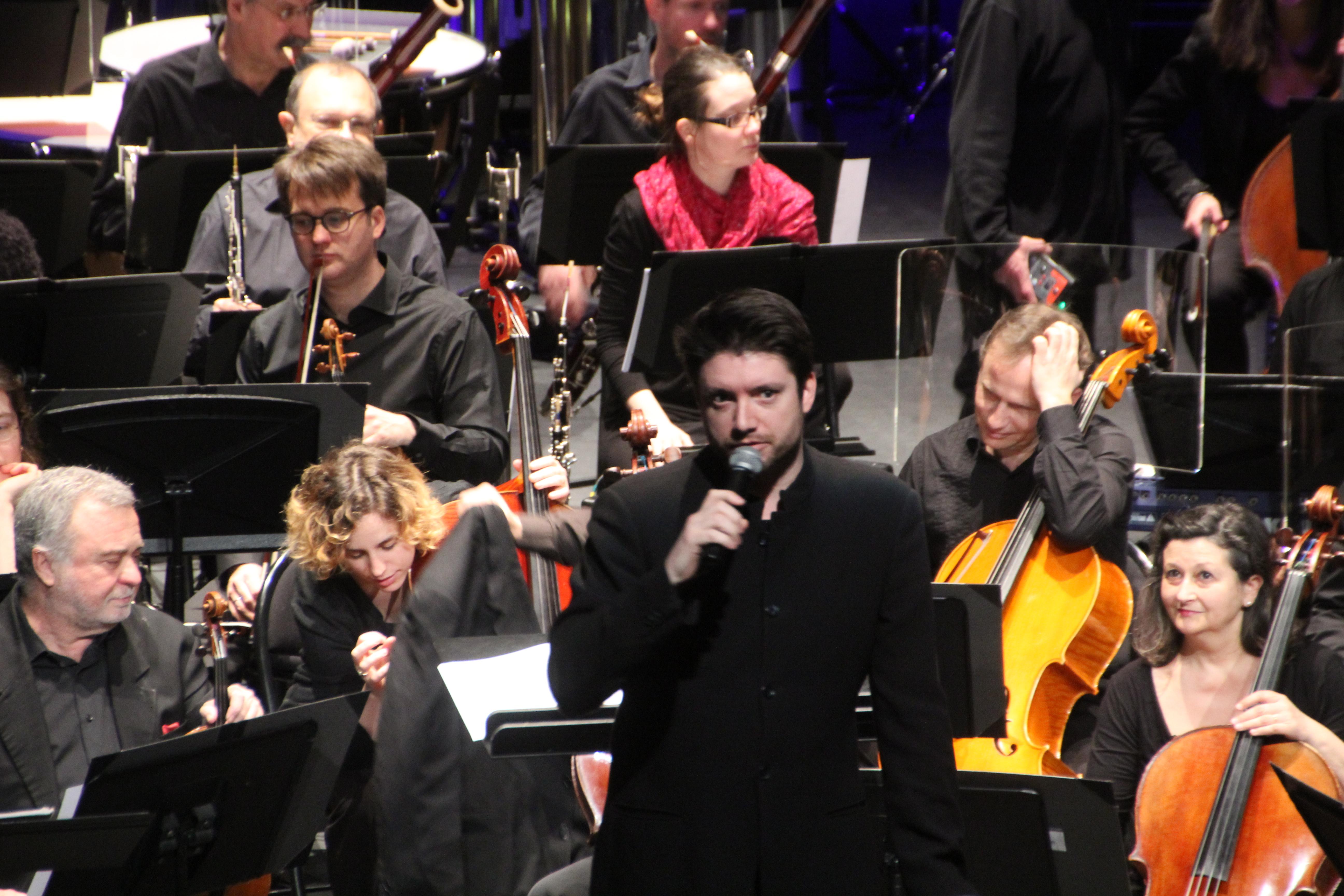 Chef-d'orchestre-concert-classique-collège-rep-champigny