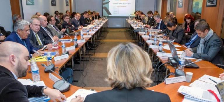 Droite et gauche s'opposent sur le budget du Stif mais réclament ensemble des moyens à SNCF Réseaux