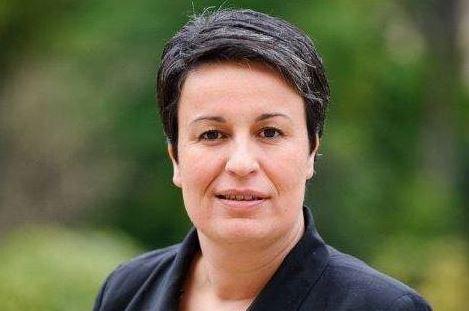 La ministre des collectivités territoriales vient parler du T11 à Mandres-les-Roses
