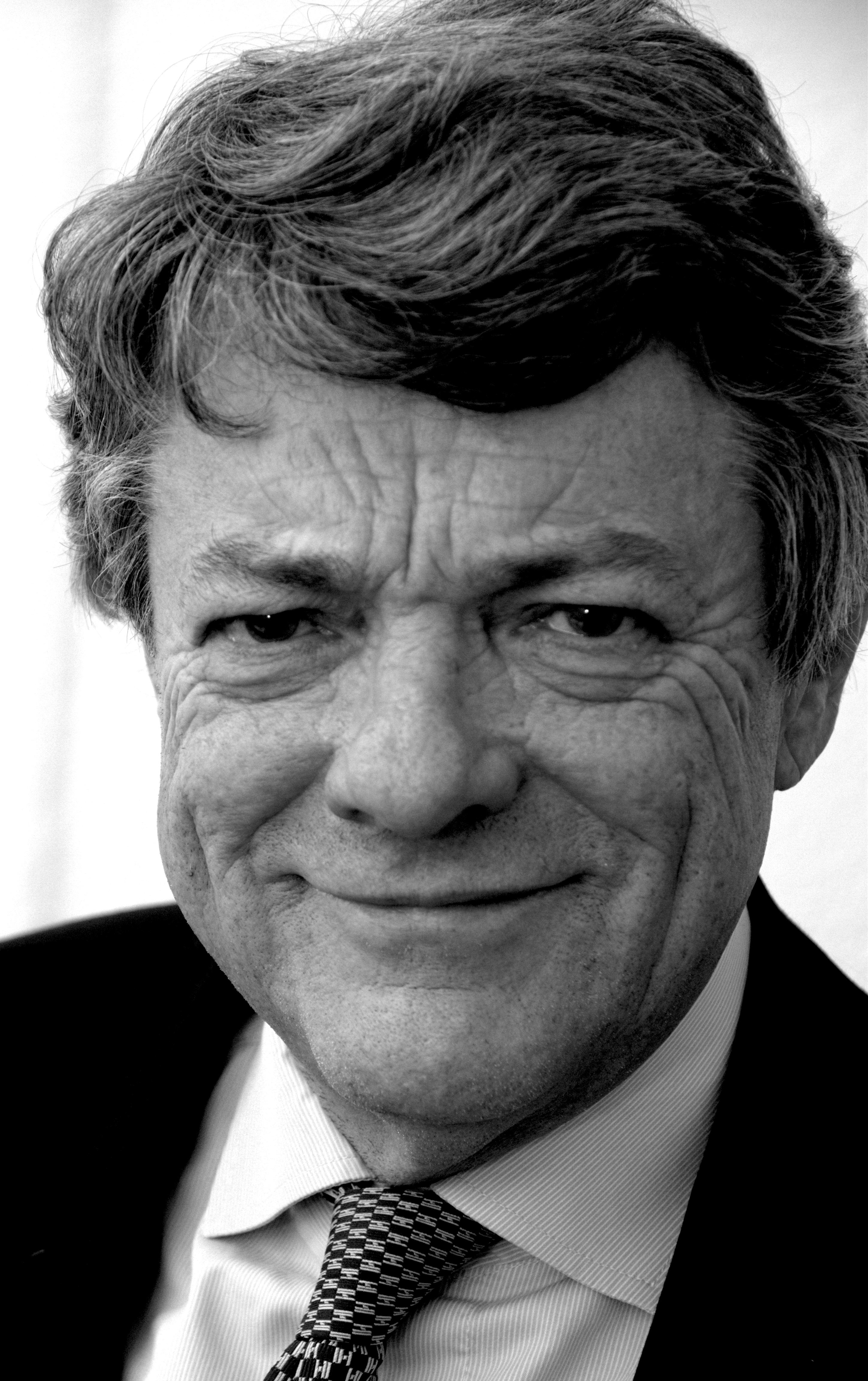 <b>Jean-Louis</b> Borloo vient débattre de l&#39;Afrique à Vincennes | 94 Citoyens - jean-louis_borloo_par_claude_truong-ngoc_avril_2013