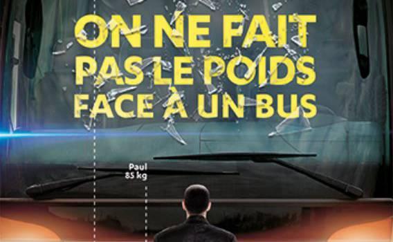 Transdev invite à la place du chauffeur du bus pour comprendre les angles morts