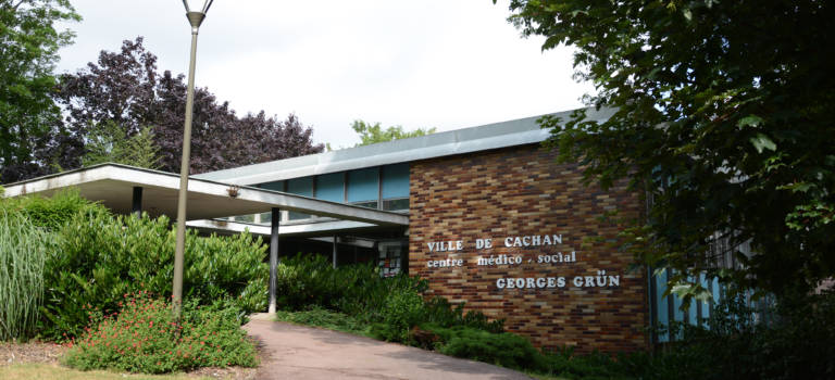 Le centre médico-social de Cachan permet de prendre RDV par Internet