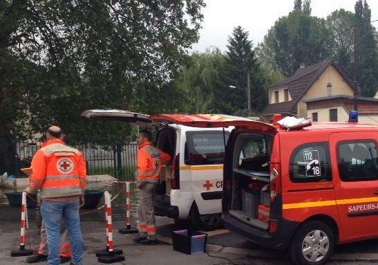 Inondations aide exceptionnelle de 30 000 euros pour la Croix Rouge du Val de Marne 94 Citoyens # Croix Rouge Fontenay Sous Bois