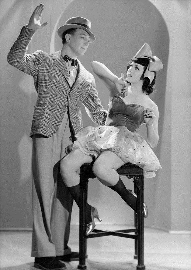 Viviane Romance sur le tournage de Prisons de femmes 1937 © Ministère de la Culture - Médiathèque du Patrimoine Dist. RMN-Grand Palais Sam Lévin