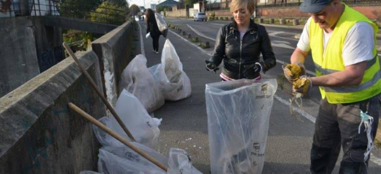 Nettoyage de printemps au quartier du plateau à Gentilly