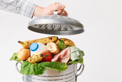 Eviter le gaspillage alimentaire, débat à Fresnes