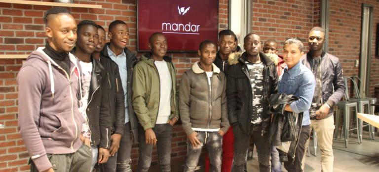 Treize jeunes étrangers isolés formés par l'Académie Mandar au Min de Rungis