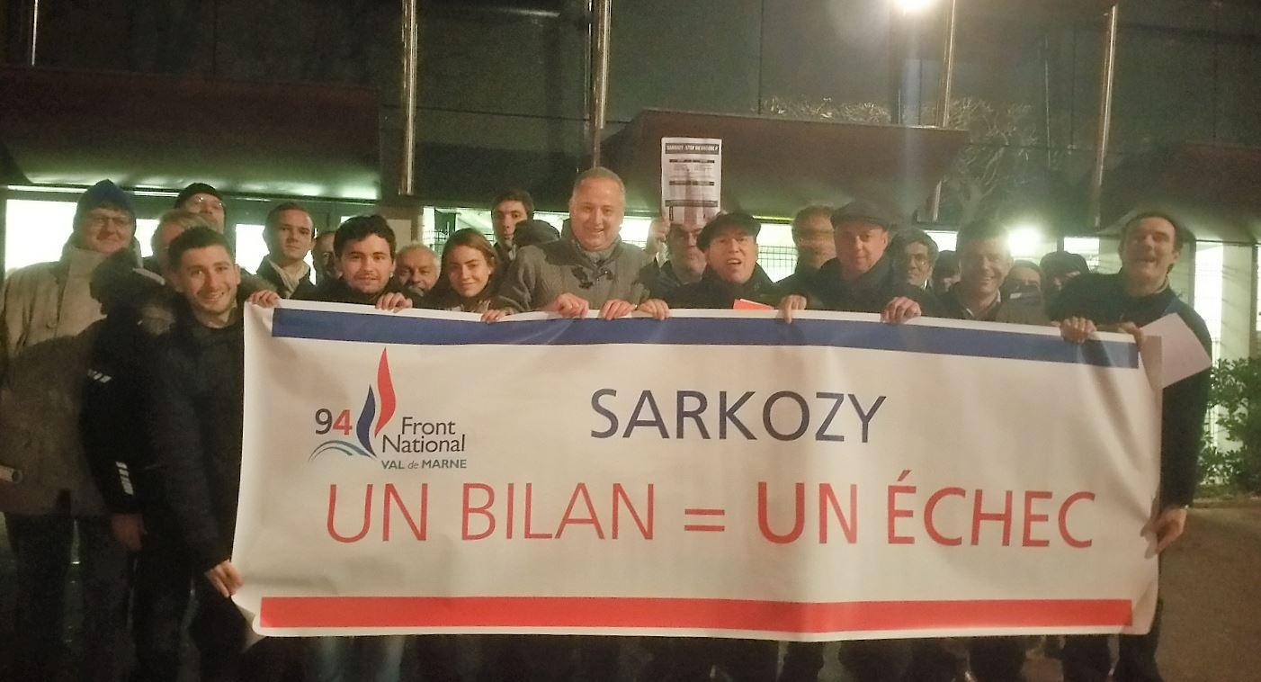 Meeting Primaire Sarkozy Saint-Maur Novembre 2016 Manif FN