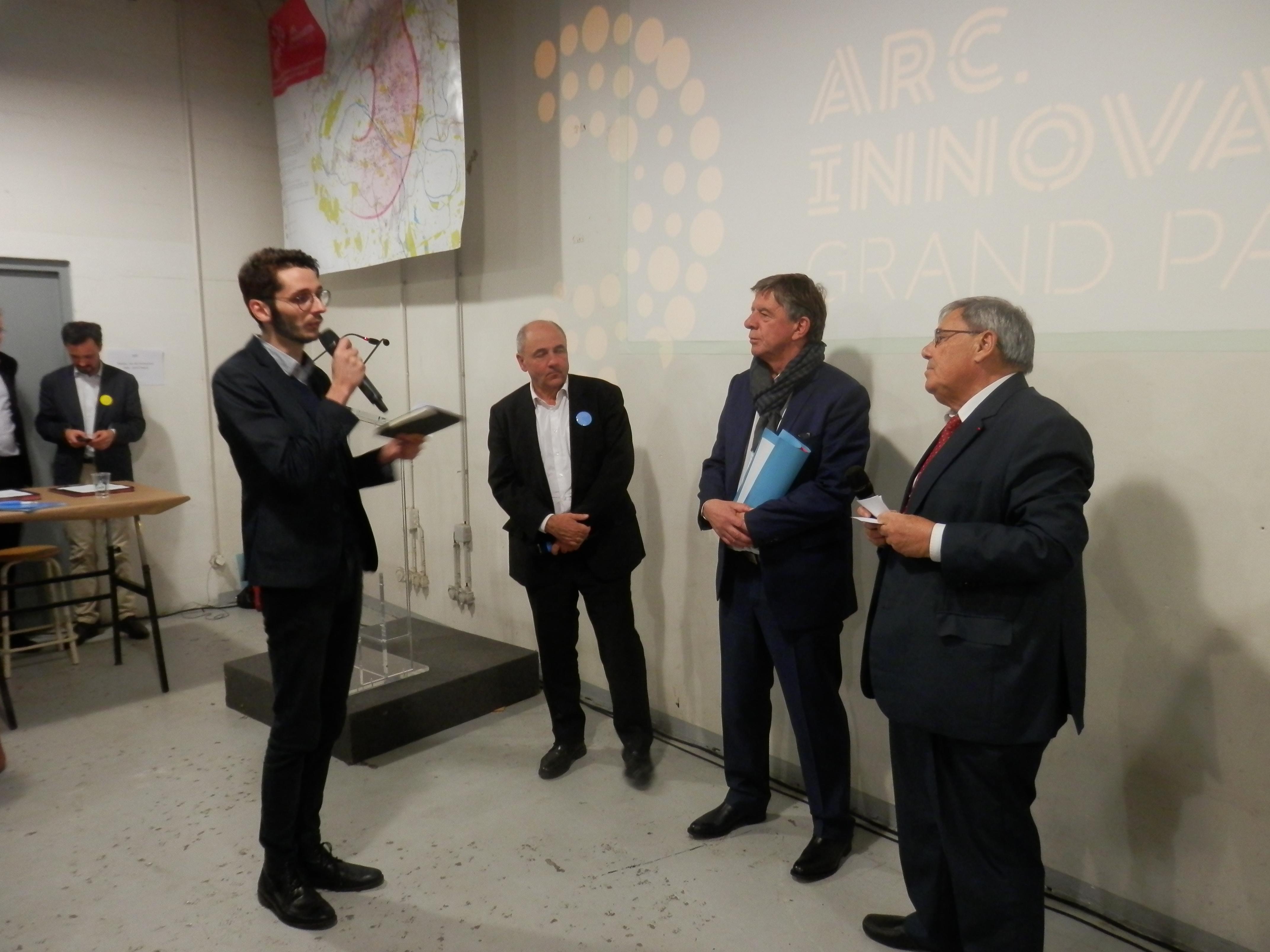 Les élus des territoires de l'Arc de l'Innovation (de droite à gauche : Jean-Charles Nègre, vice-président d'Est Ensemble, Michel Leprêtre, président de Grand-orly Seine Bièvre et Jean-Louis Missika, adjoint à l'urbanisme à la mairie de Paris) sont pleins d'espoirs pour la réalisation de leurs objectifs.