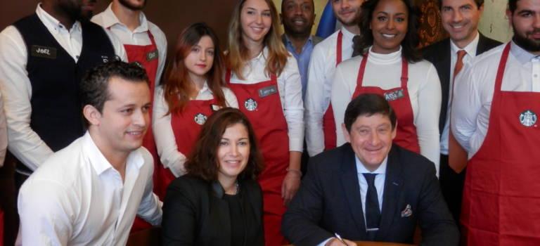 Le ministre vient encourager Starbucks à donner du boulot dans les quartiers de Thiais