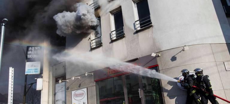 Un feu d'appartement fait deux blessés à Villejuif