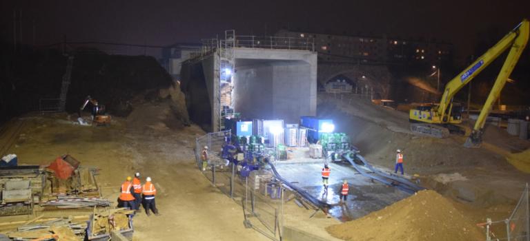 Gros succès pour l'impressionnant ripage du pont-rail à Champigny-sur-Marne