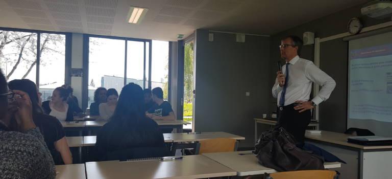 A Champigny-sur-Marne, l'ancien élève de Louise Michel devenu fonctionnaire européen témoigne