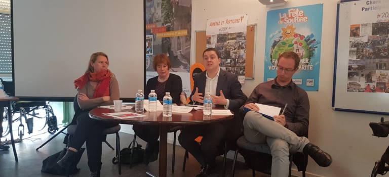 Des candidats aux législatives face aux adhérents de l'Association des Paralysés de France