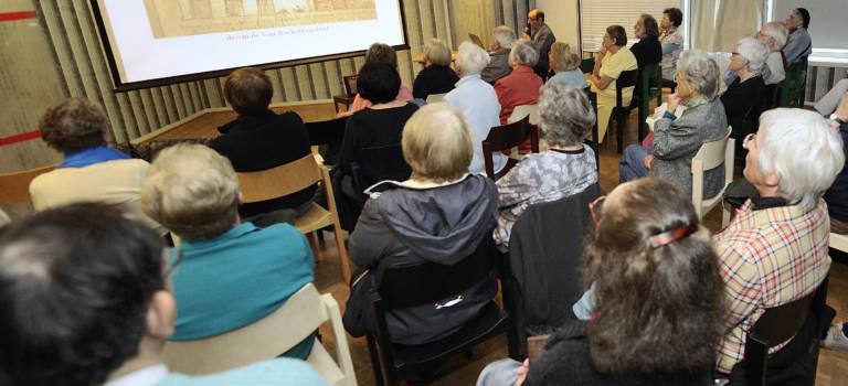 Conférence sur l'histoire de la basilique de Saint-Denis à Cachan