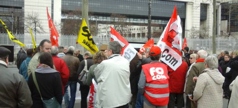 Fermetures de bureaux de Poste à Fresnes et à Villeneuve-le-Roi