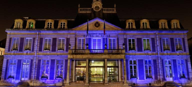Maisons-Alfort met sa lumière bleue pour sensibiliser à l'autisme