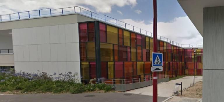 Les enseignants manifestent pour la semaine de 4 jours à Fresnes