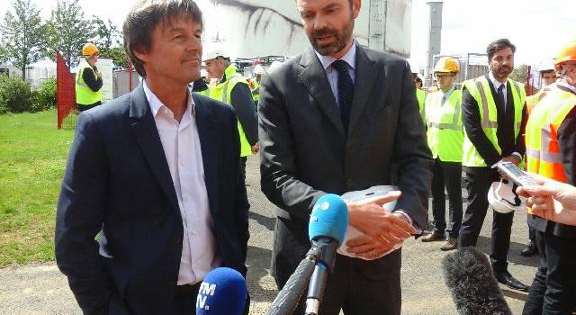 1ère visite ministérielle post-élection : Edouard Philippe et Nicolas Hulot à Valenton