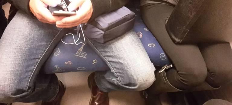 Ras le bol des mecs qui s'étalent dans le métro? Laurence Cohen réclame une campagne