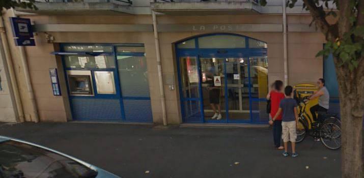 Sud Ptt en colère contre la fermeture estivale de la Poste d'Ablon-sur-Seine