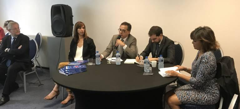 Députés de la majorité et Medef ont parlé travail à Vincennes