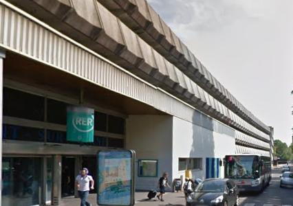 Un jeune homme meurt percuté par le RER A en gare de Nogent-sur-Marne