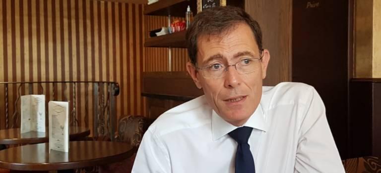 Laurent Lafon rend son écharpe de maire ce dimanche