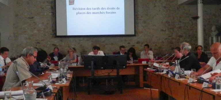 Conseil municipal de Villejuif tendu mais sans accrocs