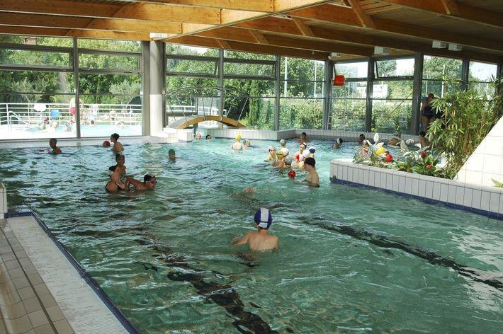 La piscine de maisons alfort a rouvert d but ao t 94 for Piscine villecresnes