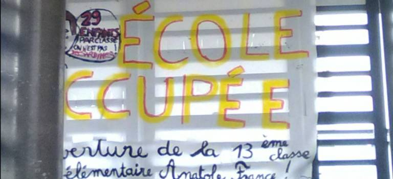 Blocus et visite du député à l'école Anatole France de Vitry